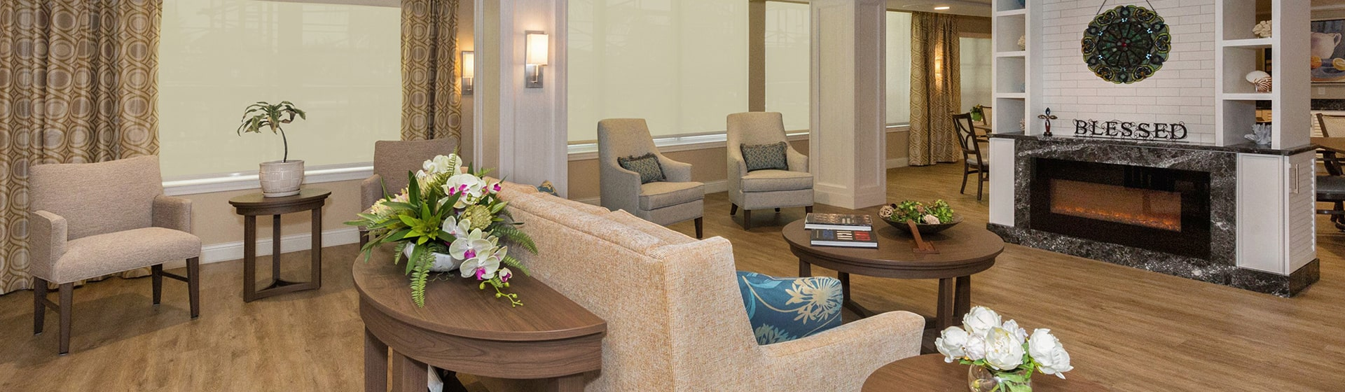 Caspersen Loft offers specialized memory care and support with the Right Touch.